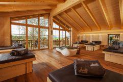 Ruheraum mit herrlichen Blick in die Natur (Hotel Rupertihof)