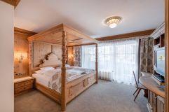 Schlafzimmer der Kaisersuite (Trofana Royal)