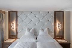 Schlafzimmer der Kristall Suite des Hotels Hochfrist (c) Alexander Maria Lohmann