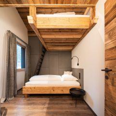 Separates Kinderschlafzimmer für 2-3 Kinder mit Hochbett im Baumhaus (Wanderhotel Gassner)