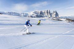 Skifahren auf gut präparierten Pisten (c) IDM Südtirol (Hotel Sun Valley)