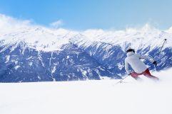 Skifahren bei herrlichem Bergpanorama (Wildkogel Arena)