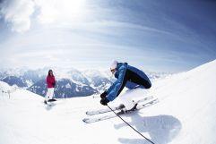 Skifahren bei optimalen Bedingungen (c) TVB Wald (Biohotel Castello Königsleiten)
