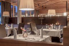 Stilvoll speisen (c) Alexander Maria Lohmann (Alpen-Wellness Resort Hochfirst)