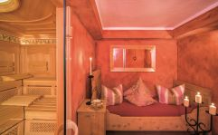Stilvolles Separee mit Bio-Sauna (Parkhotel Burgmühle)