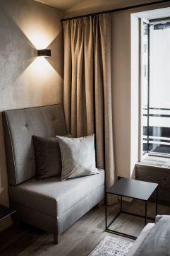 Stylisches Wohnen in der Bergbalance Suite (c) Aileen Melucci (Wellnesshotel Walserhof - Kleinwalsertal Hotels)