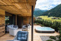 Terrassen-Loggia im Chalet No. 1 (c) Michael Huber (Hotel Quelle Nature Spa Resort)