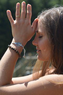 Tiefenentspannung beim Yoga (c) Aileen Melucci (Wellnesshotel Walserhof - Kleinwalsertal Hotels)