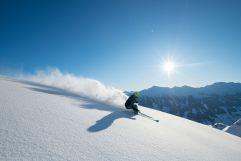 Tiefschnee Skifahren mit Panoramablick (c) Michael Gruber (Tourismusverband Rauris)