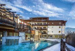 Traumhafte Außenansicht auf das Aktiv- und Vitalhotel Taubers Unterwirt (winzerhotels)