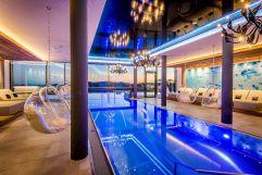 Traumhafter Indoor-Poolbereich (c) Günter Standl  (Hüttenhof)