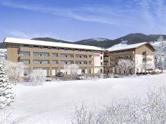Visualisierung Hotelansicht im Winter (COOEE alpin hotel Bad Kleinkirchheim)