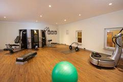 Voll ausgestatteter Fitnessraum (c) Heimplätzer Werbefotografie (Concordia Wellnesshotel & Spa)