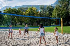 Volleyball mit der Familie (c) Angélica Morales (Silberregion Karwendel)