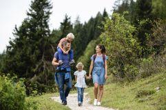 Wandern mit der Familie  (c) Daniela Jakob (Oberjoch - Familux Resort)