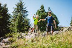 Wandern mit der Familie im Sommer (Tourismusverband Krimml)