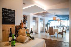 Weinspecial im Hotelrestaurant (Naturhotel Rainer)