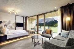 Wellness-Suite mit traumhaftem Ausblick (c) Michael Huber (Alpenrose - Familux Resort)