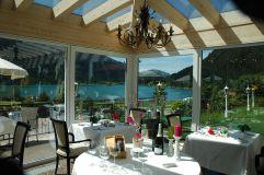 Wintergarten mit Seeblick (c) Peter Zotz (Romantik Resort und Spa Der Laterndl Hof)