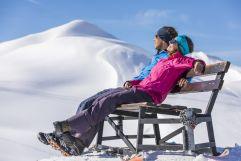 Winterwanderer genießen den Ausblick (c) Frank Drechsel (Genuss & Aktivhotel Sonnenburg - Kleinwalsertalhotels)