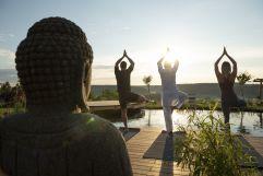 Yoga am Koiteich (c) Bernhard Bergmann (Hotel Larimar)