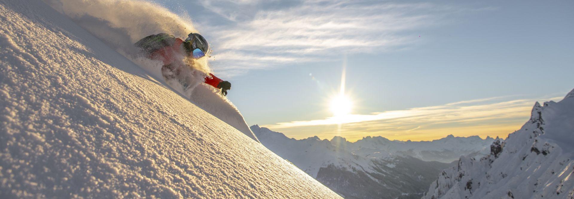 Skifahren off Piste (c) Arlberger Bergbahnen (Ski Arlberg)
